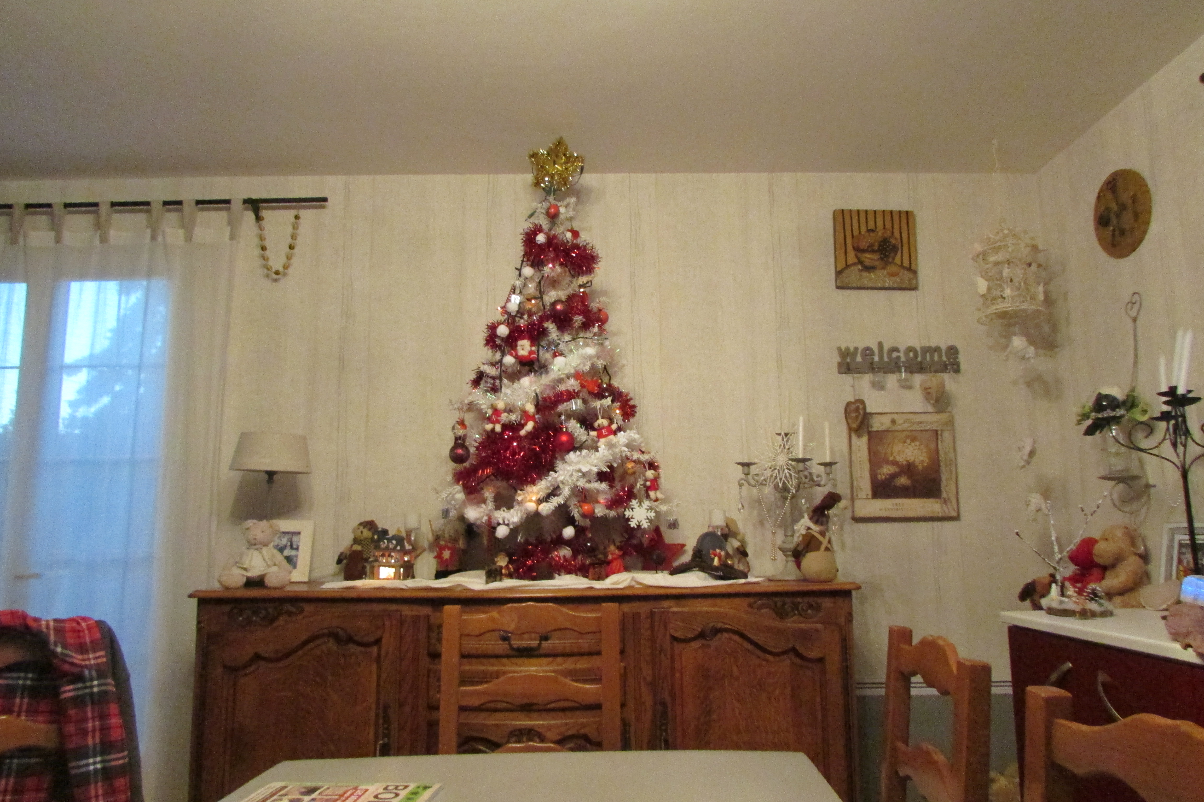 Photos de sapin de noel rouge et blanc - Comment decorer son sapin de noel ...